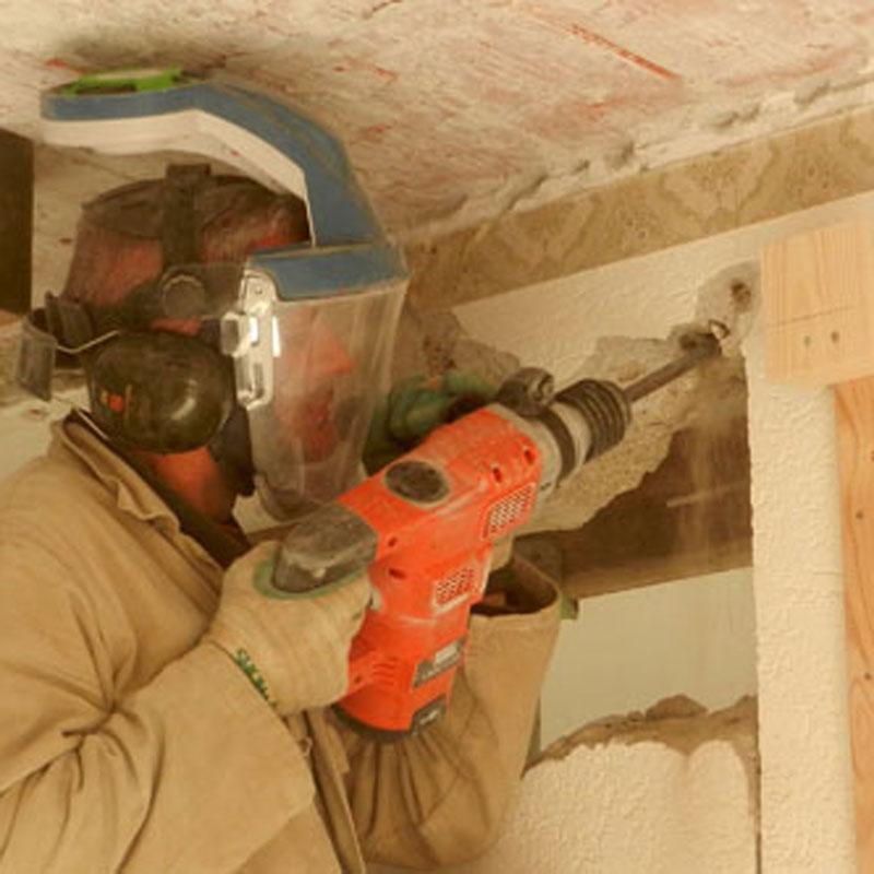 Adembescherming en stofkap tegen bouwstof